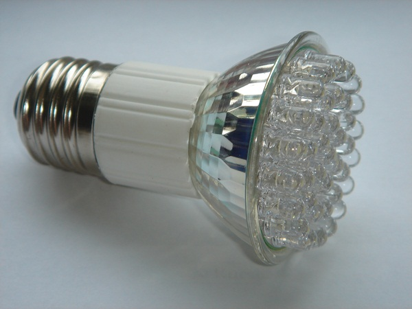 L mpadas incandescentes fluorescentes hal genas e de led - Fluorescentes de led ...