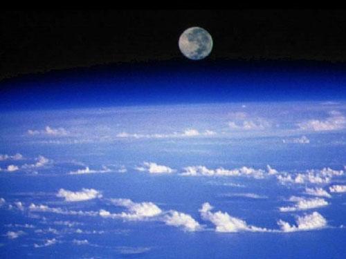 atmosfera 23